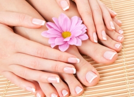 Gallery of La Belle NailSpa-22